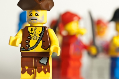 Lego Men, shallow focus, eye level